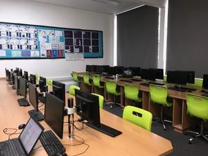Cs4 computer room