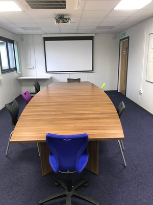 Img 3882 conference room